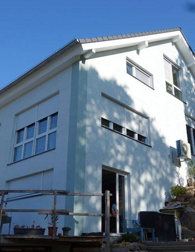 Fassadengestaltung KEIM Brillantputz gebürstet