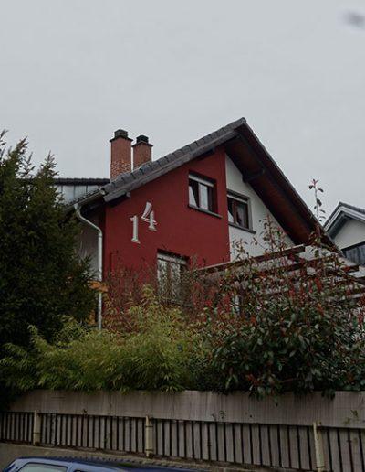 Hausnummer in 1 Meter Größe